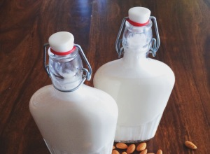 2-Minute-Almond-Milk