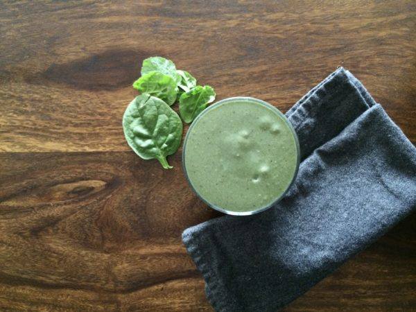 Gut-Healing Green Smoothie | The Organic Beauty Blog